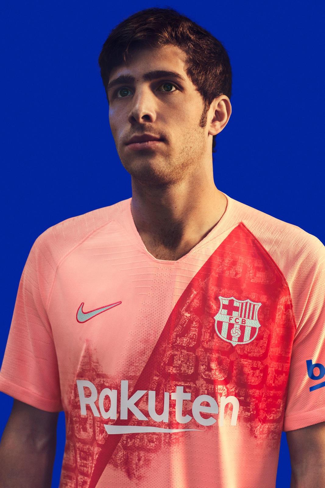 size 40 b6d01 20d24 Nike FC Barcelona 2018/19 Third Kit Details | HYPEBEAST