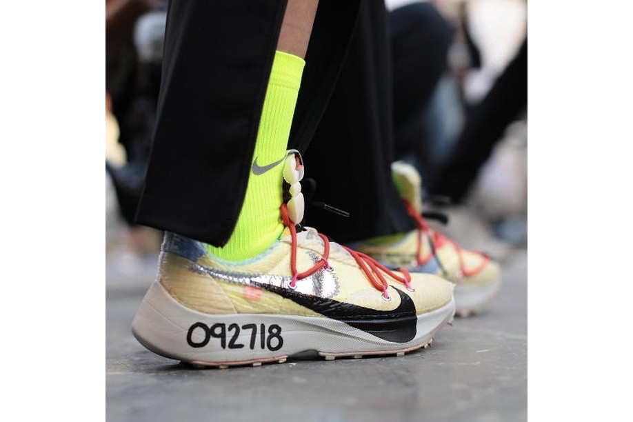 Off white Nike virgil abloh Spring Summer 2019 paris fashion week fitting session backstage bella hadid cecilia young sportswear streetwear athlete vapor street sneaker
