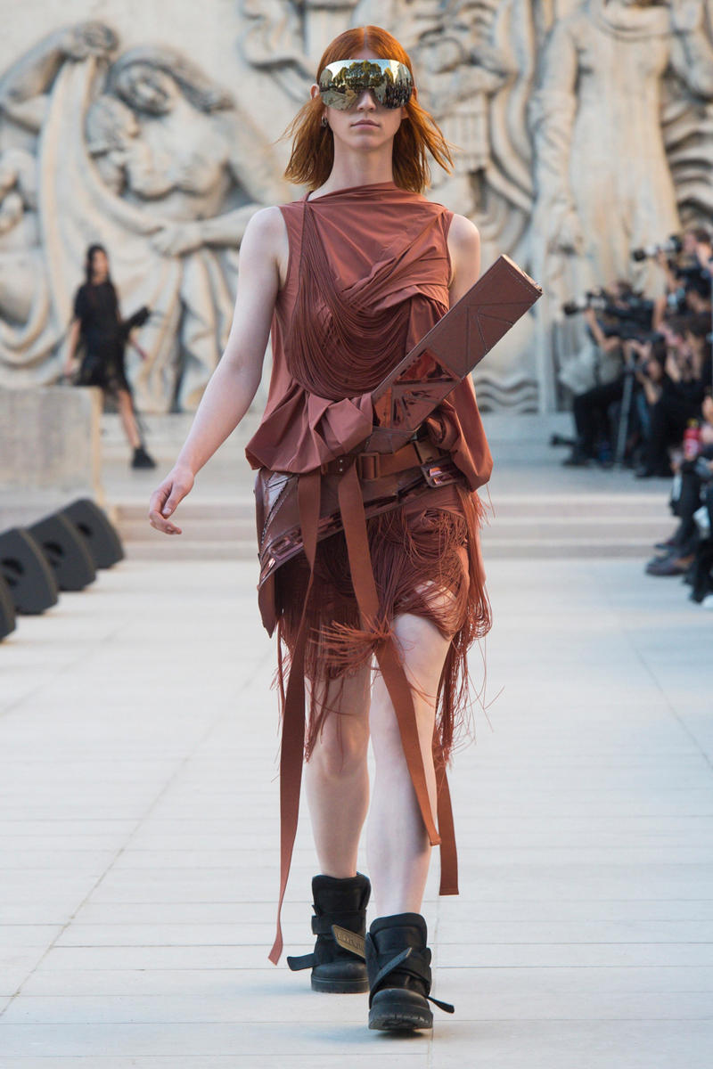 Rick Owens Spring/Summer 2019 Paris Fashion Week SS19 runway show womenswear fire burning set palais de tokyo american flag