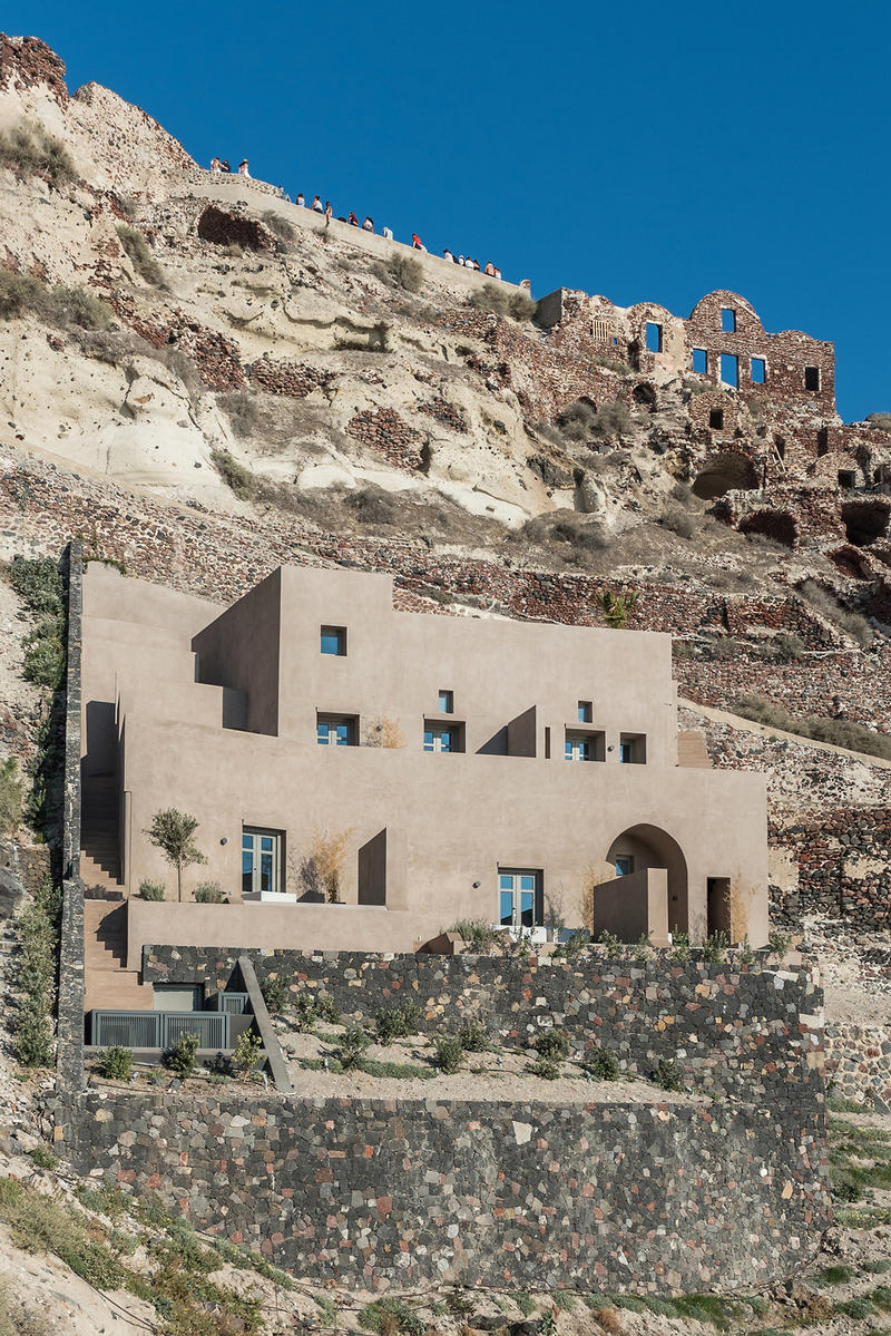 Small Hotel OIA Castle by Kapsimalis Architects Homes Houses Hotels Modern Sleek Interior Exterior Sea View Architecture Oia Greece
