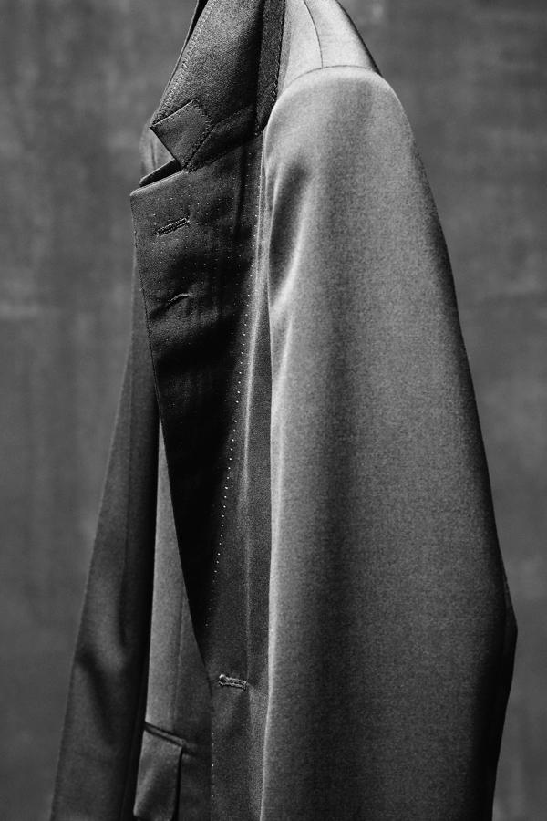 The Row Fall Winter 2018 collection menswear photographs new york mary kate ashley olsen reveal release date info details shoes wallet coat jacket tailoring suits
