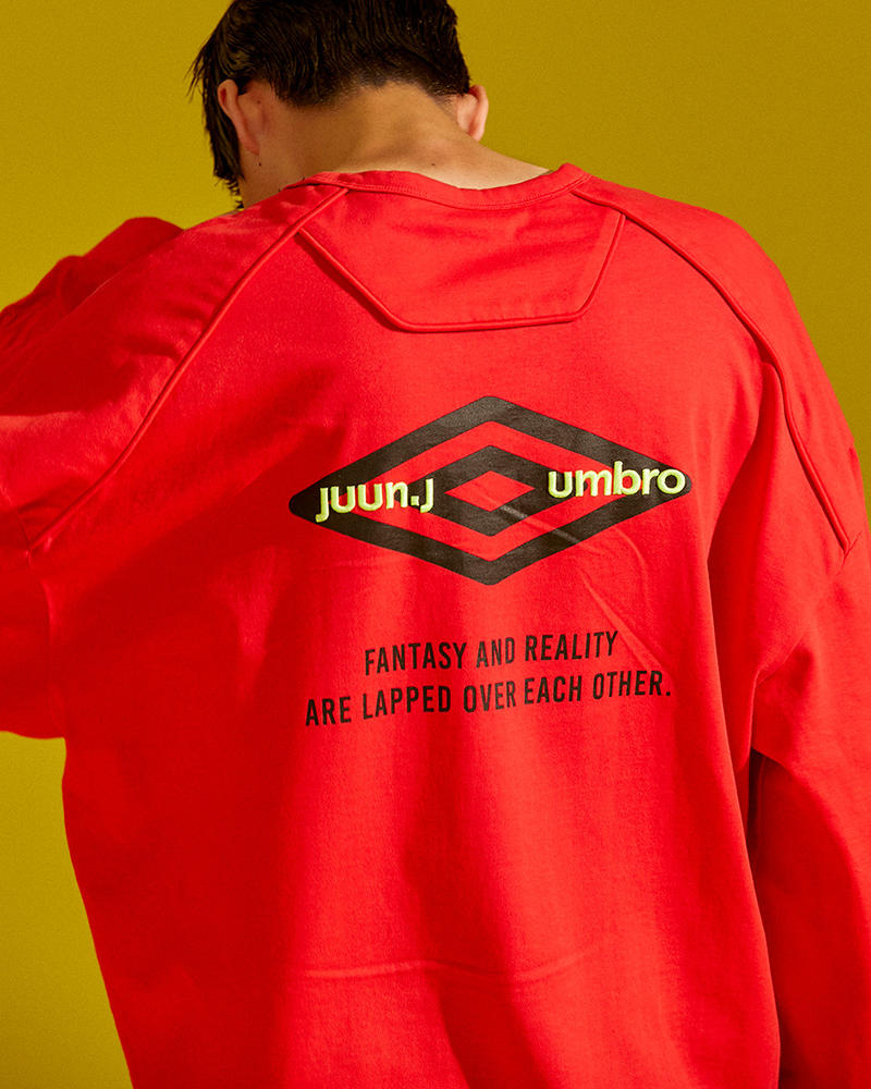UMBRO JUUN.J Fall Winter 2018 Capsule Unveil Collection Windbreaker hoodie T shirt Bumpy sneaker neon volt yellow Parka windbreaker