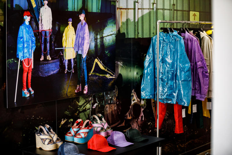 UNDERCOVER Spring/Summer 2019 Backstage Nike Waffle Racer Dr. Martens Jun Takahashi paris fashion week Mick Rock Creamy Mami, the Magic Angel ziggy stardust