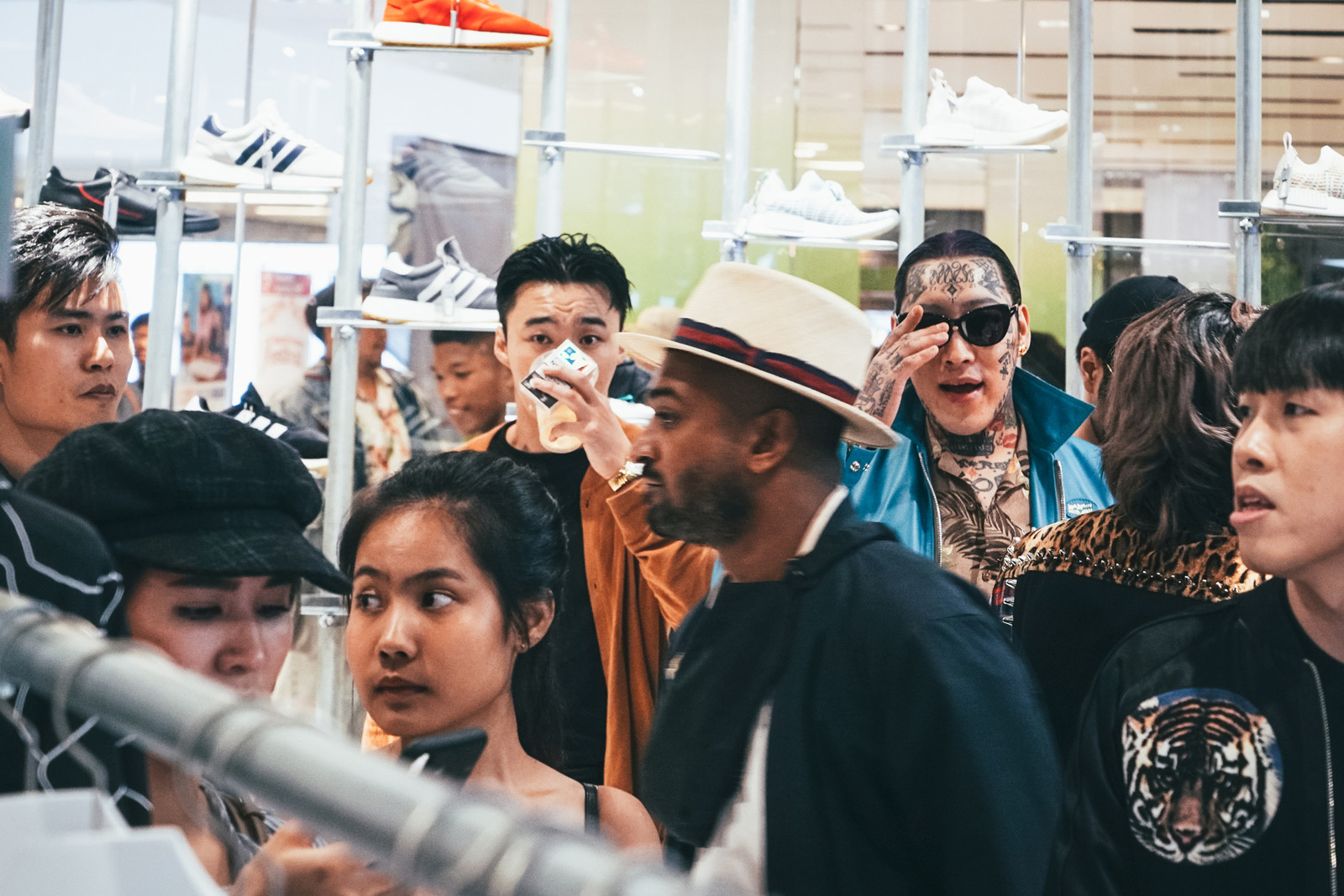 UPPERGROUND CentralWorld Flagship Opening Recap Thailand Bangkok Streetwear Street Fashion Carnival FR2 YIB Youths in Balaclava Chaotic Surf is Dead Takara Wong Poliquant Magic Stick Blackbarrett WVS Indigoskin SSAP