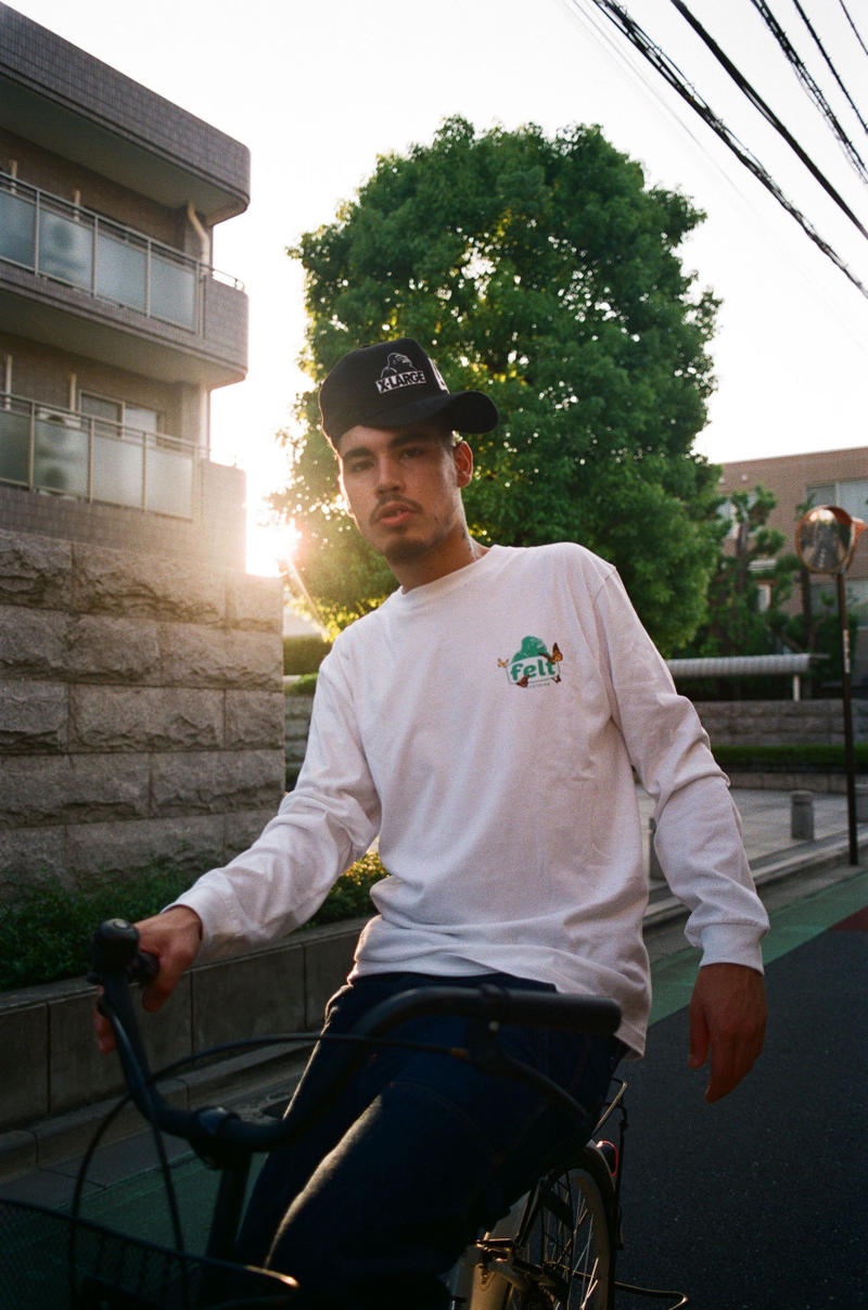 xlarge felt 2018 t shirt collaboration collection fall summer long sleeve tees white black yellow green hoodies dip dyed shoulder bag