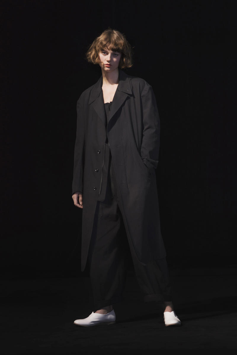 Y s Yohji Yamamoto Spring Summer 2019 Collection ready to wear womens paris  fashion week lookbook bede273cd6