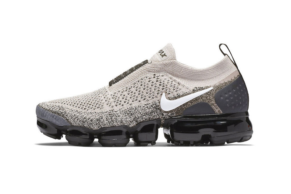 premium selection e217e 507ce Nike Air VaporMax Moc 2