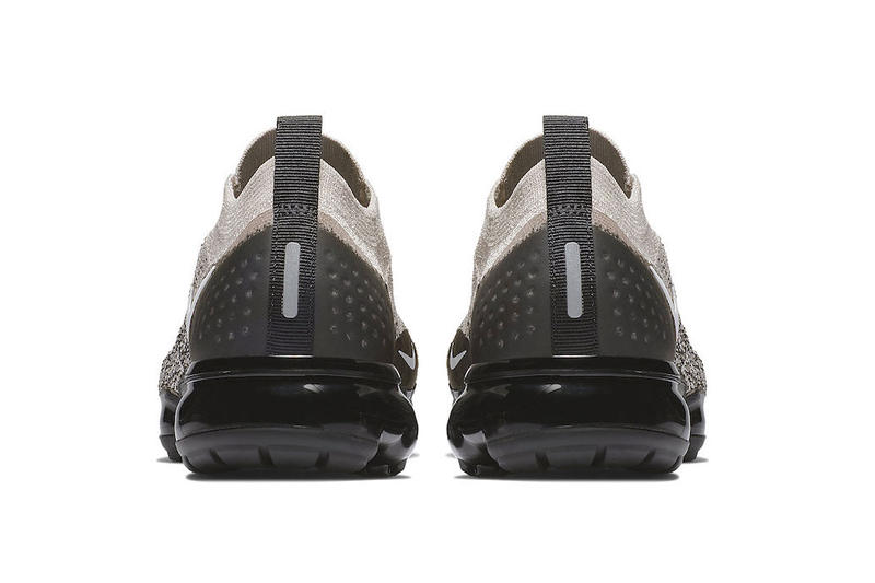 "Nike Air VaporMax Moc 2 ""Moon Particle"" Release date november 2018 price white black sneaker colorway"