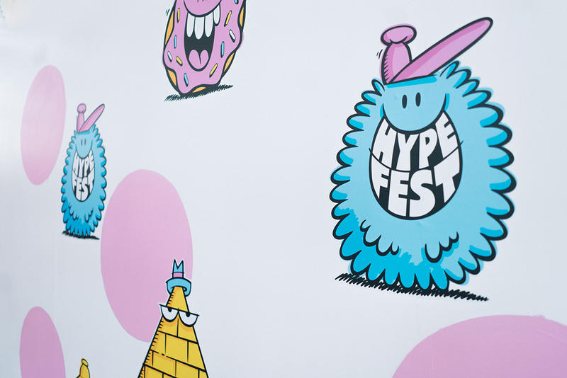 stash andre futura kevin lyons art work live event booth mural collaboration signing hypefest