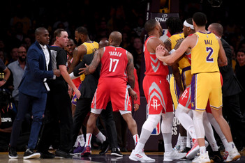 Picture of Chris Paul & Rajon Rondo Threw Punches During Lakers-Rockets Game