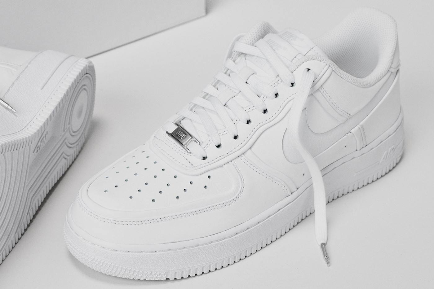 nike air force low top white
