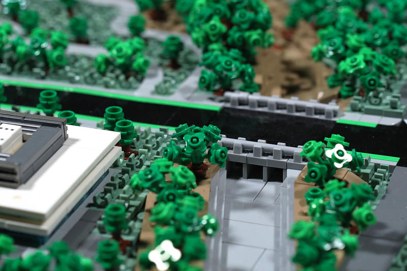 LEGO Apple Cupertino Campus recreated Spencer Rezkalla Santa Clara Valley model build design blocks tim cook steve jobs scale bricks california foster partners
