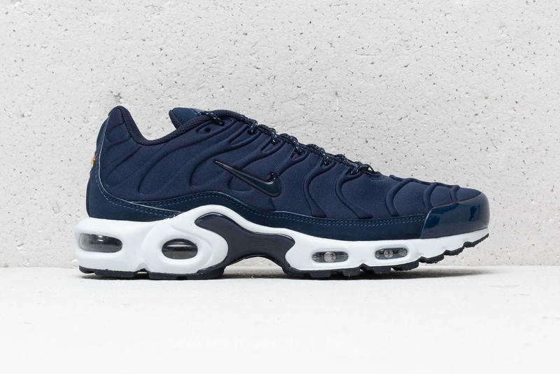 Nike Air Max Plus SE Triple Black Midnight Navy blue white premium suede  mudguard molded neoprene 13675905b