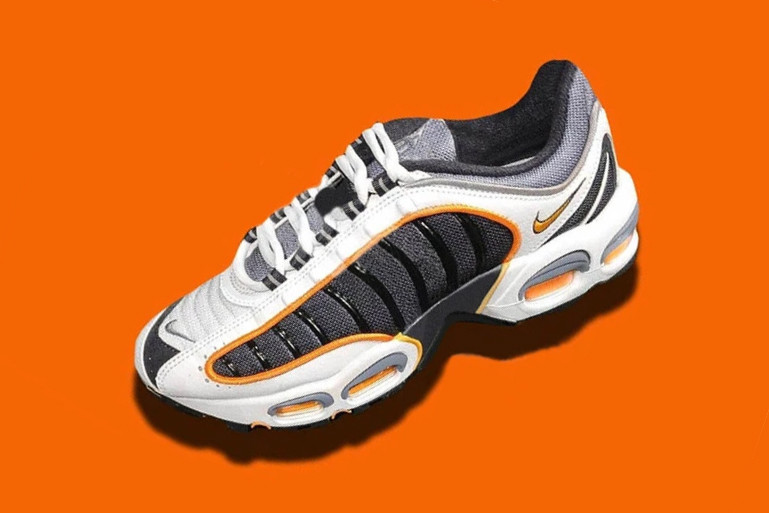 hot sale online fc176 f669c Nike Set to Bring Back the Air Max Tailwind 4