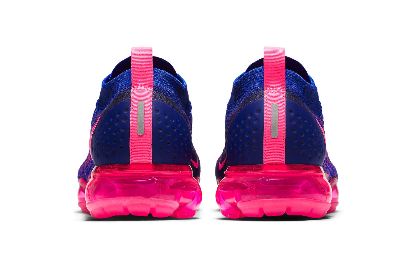 nike vapormax flyknit pink and blue