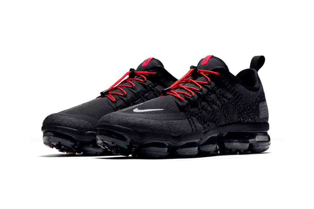 vapor max black and red
