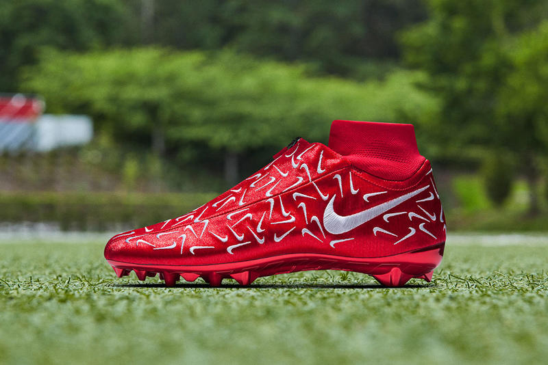 Odell Beckham Jr Nike Swoosh Cleat Special Edition sports OBJ Football NFL cleats footwear turf grass New York Giants