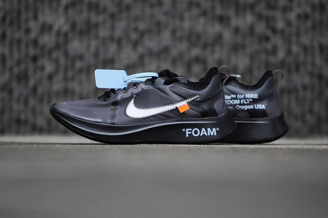 Off-White™ x Nike Zoom Fly SP Closer