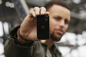 Stephen Curry Co-Signs Palm's Credit Card-Sized Smartphone