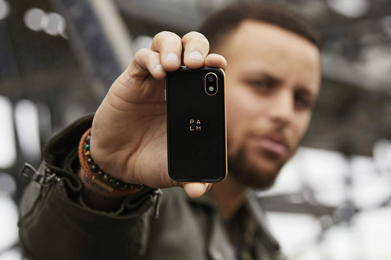 palm ventures smartphone verizon stephen curry promote campaign november 2018 launch small 349 android 4 inches tall bluetooth 8 12 megapixel camera