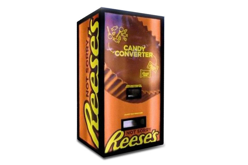 Reese's Peanut Butter Cups Halloween Vending Machine not Sorry campaign confectionary candy peanuts snacks sweets Halloween Hersey's chocolates trade new york city