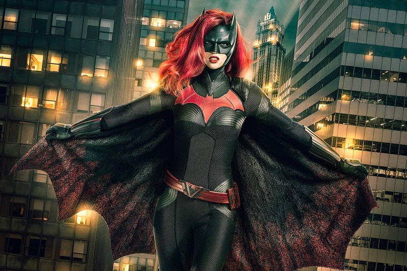 Batwoman Arrow crossover DC tv debut december CW ruby rose colleen atwood