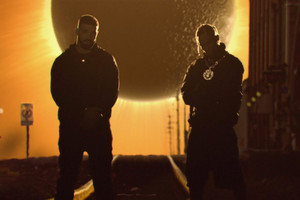 "Travis Scott & Drake Head to Houston for ""SICKO MODE"" Video"