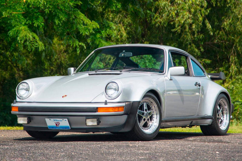 Walter Payton porsche 930 turbo car automobile football Chicago Bears running back modification sale mecum auction