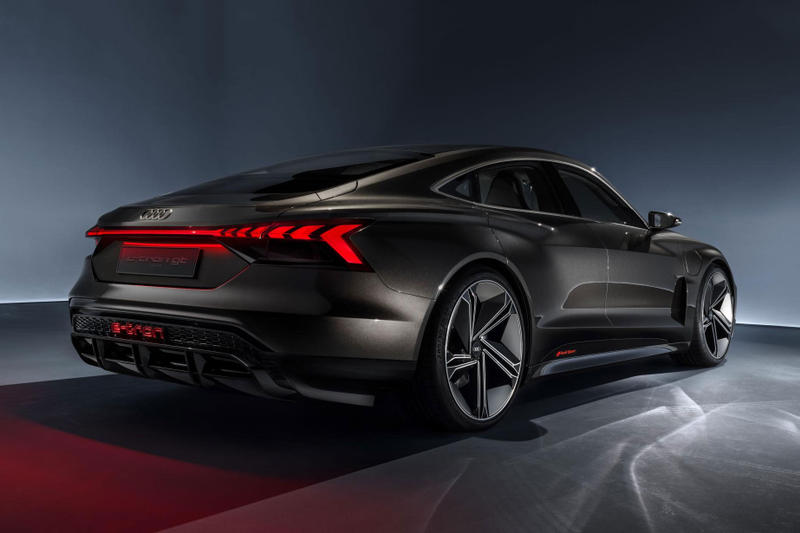 Audi E-Tron GT Electric Concept Car Unveil Vehicle Sportback SUV Los Angeles auto show 2018