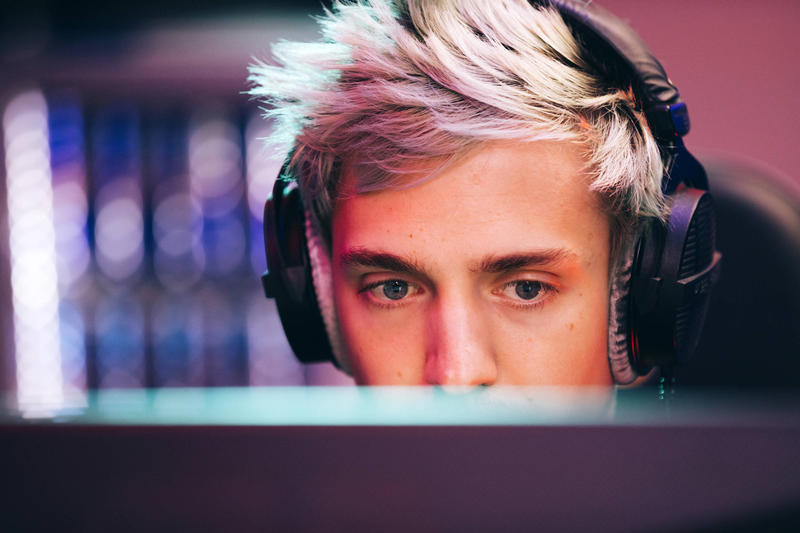Drake Hacked Fortnite Battle Royale Epic Games Ninja Live-Stream