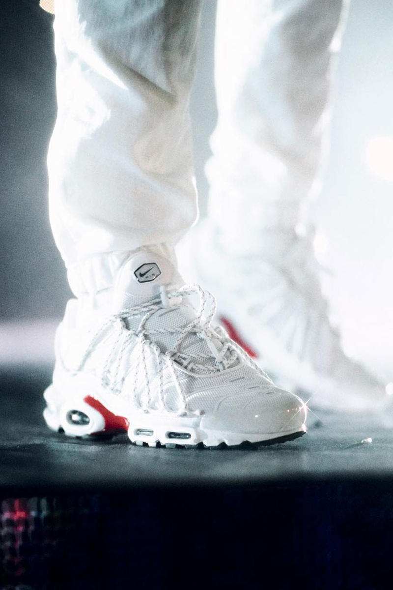best service 2a453 a2fb2 Drake Stage Use Nike Air Max Plus White Colorway Straps Red Vancouver  British Columbia Canada Migos