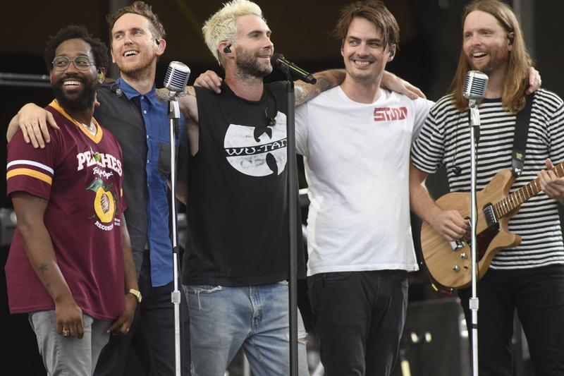 Thousands Fans Petition Maroon 5 Super Bowl Halftime Show NFL