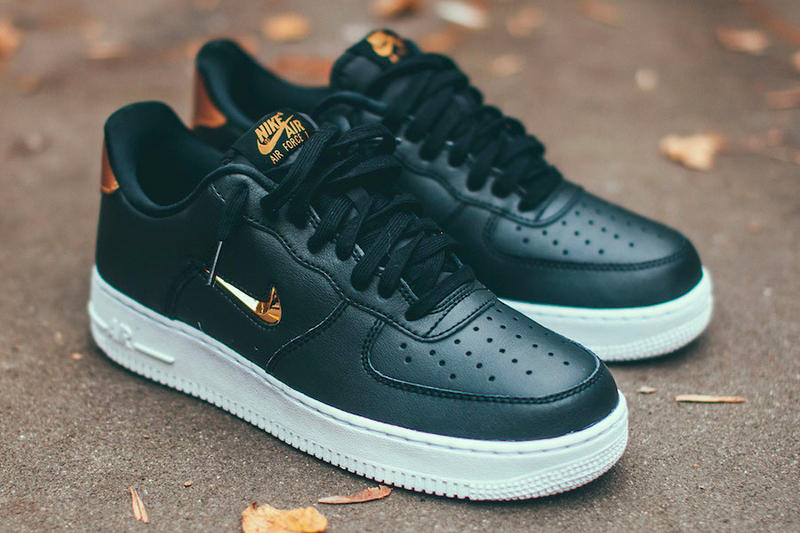official photos 0a4e0 e0c32 Nike Air Force 1  07 LV8 Jewel