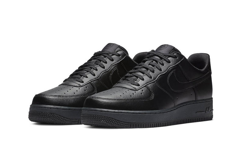 Nike Air Force 1 Flyleather Triple Black Black Friday Release sustainability