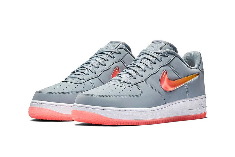 best website 5cc07 718c3 Nike Gives the Air Force 1