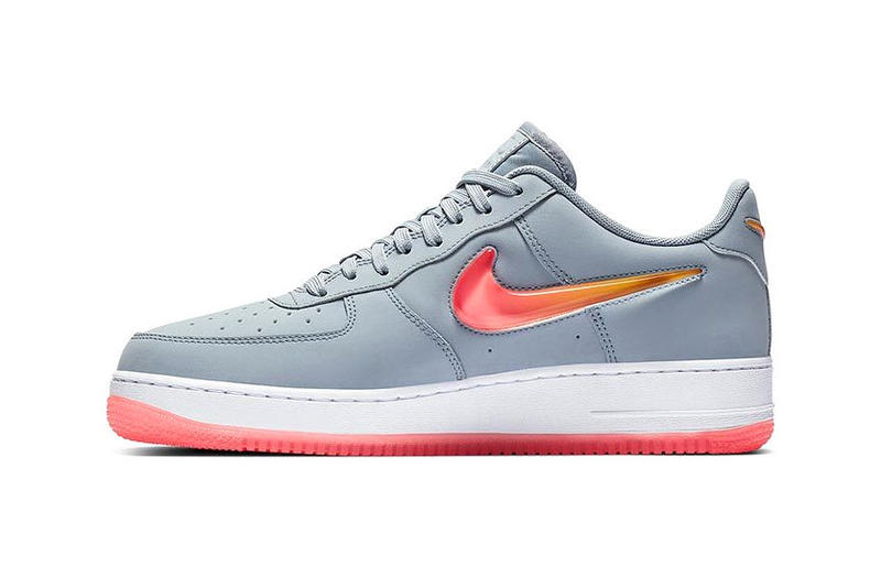 69fdfe4b20a3 Nike Air Force 1