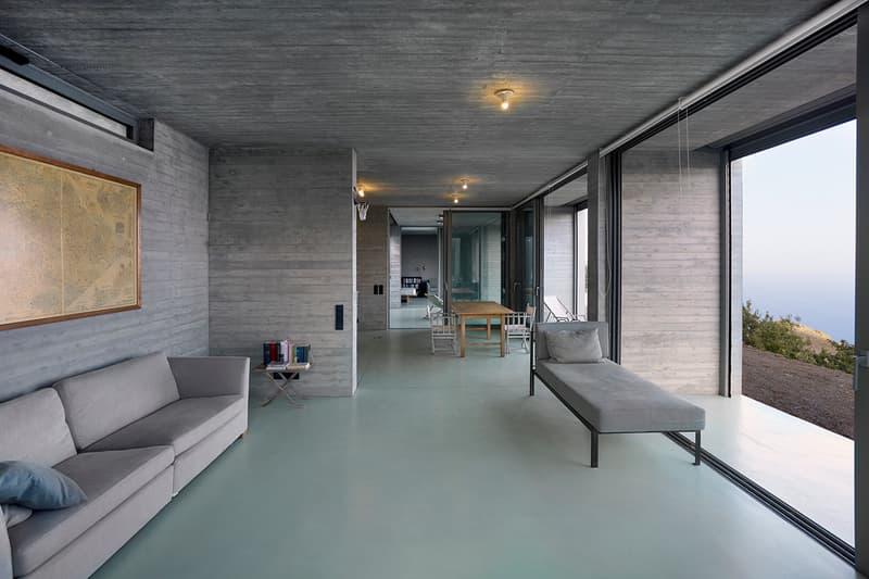 Parallel House En Route Architects Architecture Homes Houses Interior Exterior Design Modern Seaview Mountainous Hills