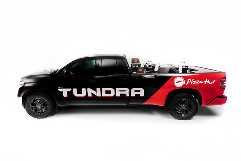 Toyota Pizza-Hut Toyota Tundra PIE Pro truck food pizza engineering vehicles cooking snacks trucks