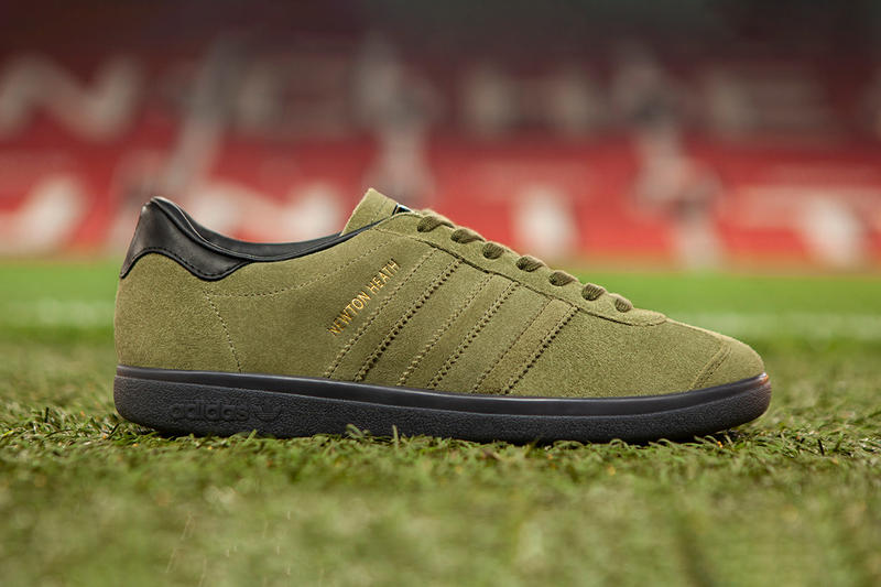 adidas Originals Manchester United Newton Heath Sneaker Details Shoes Trainers Kicks Sneakers Footwear Cop Purchase Buy Now size? 140th Anniversary Newton Health LYR Football Club Manchester United Fourth Collaborative Collab Collaborative Shoe Inspired Clubs Heritage Origin Football Team Lancashire Yorkshire Railway Carriage Wagon Department