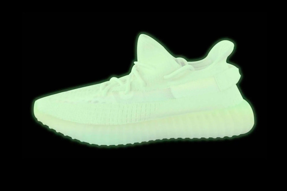 low priced 3f974 0b4b6 Glow-in-the-Dark adidas YEEZY BOOST 350 v2 Expected to Release Next Year