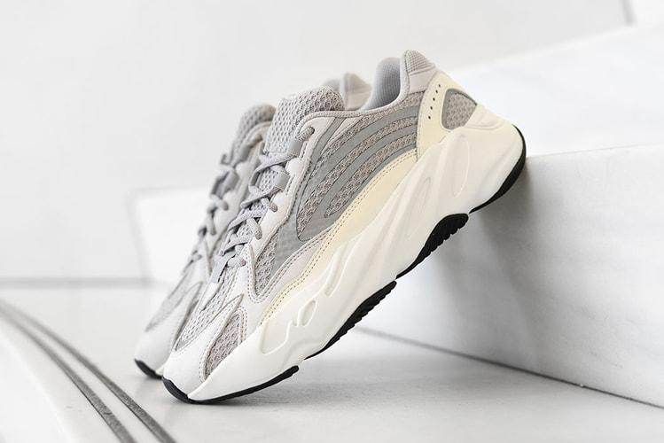 fd445047b34f1d adidas YEEZY BOOST 700 v2 in