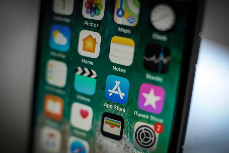 Apple iPhone Top 10 Grossing Apps 2018 Netflix Hulu QQ Youku Pandora YouTube Kwai iQiyi Tencent Video Tinder