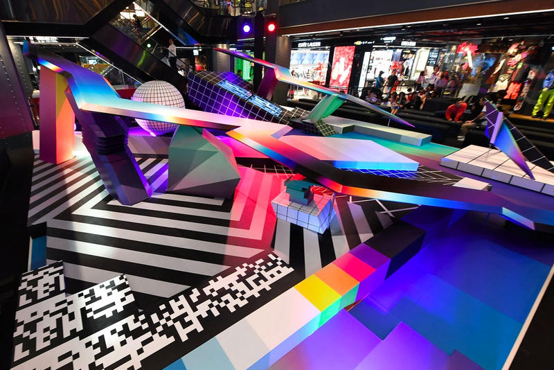 Flipe Pantone W3-Dimensional Park Bangkok Siam Center artwork installations color Thailan paintings futuristic