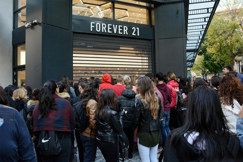 Forever 21 Copies Pleasures Branding forever 21 online store copyright legal branding graphics womens