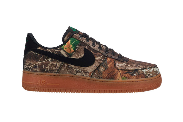 83dd4cd8c3 Realtree Camo Makes Its Return to the Nike Air Force 1 Low