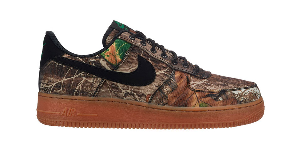 d59b3c1241e Nike Air Force 1 Low