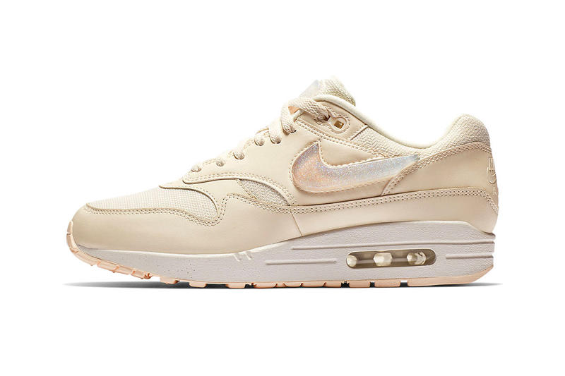 Nike Air Max 1 Oversized Jewel Swooshes Release black pink white tongue tabs