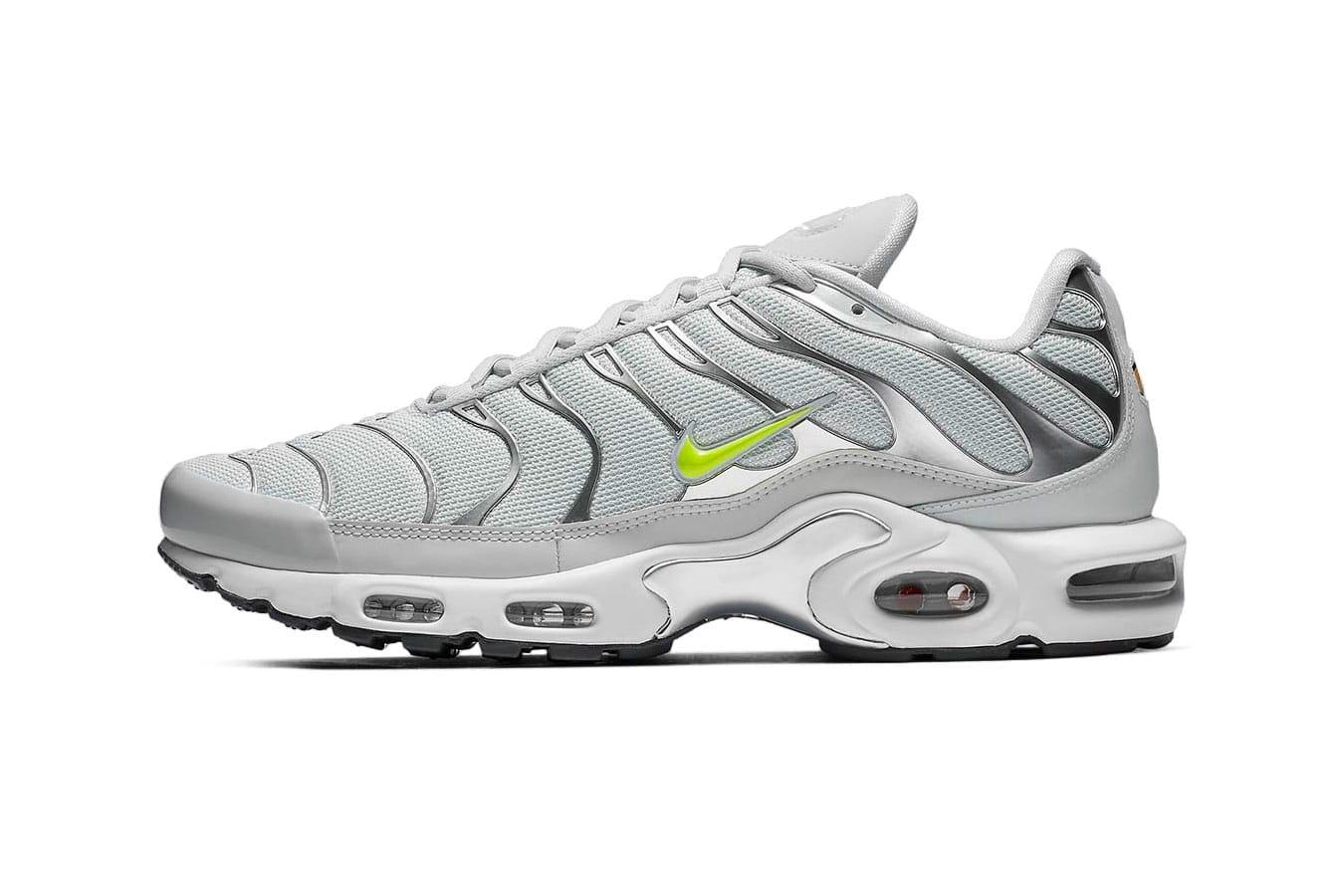 b899f30a0655b8 Nike Air Max Plus Tuned 1 White Tiger Nike Tuned Womens