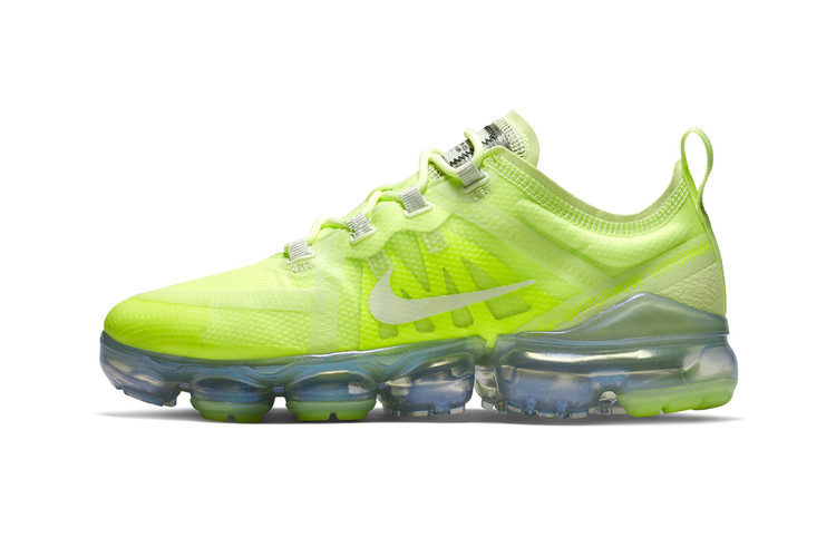 4706378927a The Nike Air VaporMax 2019 Will Arrive in a Bold