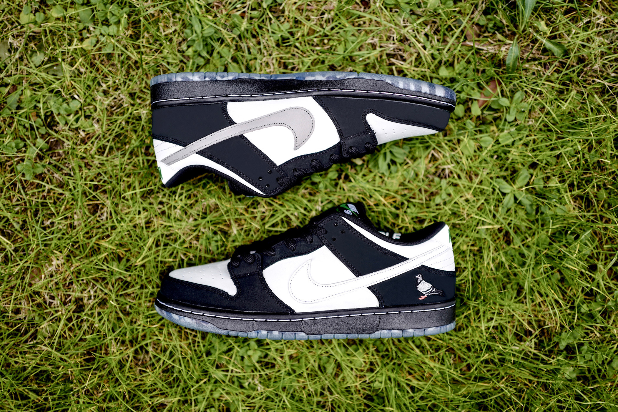 """Nike SB Dunk Low """"Panda Pigeon\"""